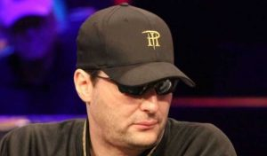 Hellmuth wins $5,000 No-Limit Hold'em