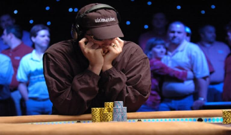 Phil Hellmuth, Phil Ivey Drop Out of WSOP Main Event