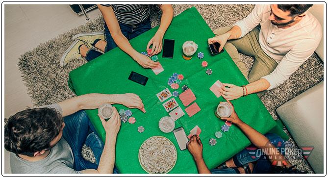 Gambar Teman di Sekitar Meja bermain poker